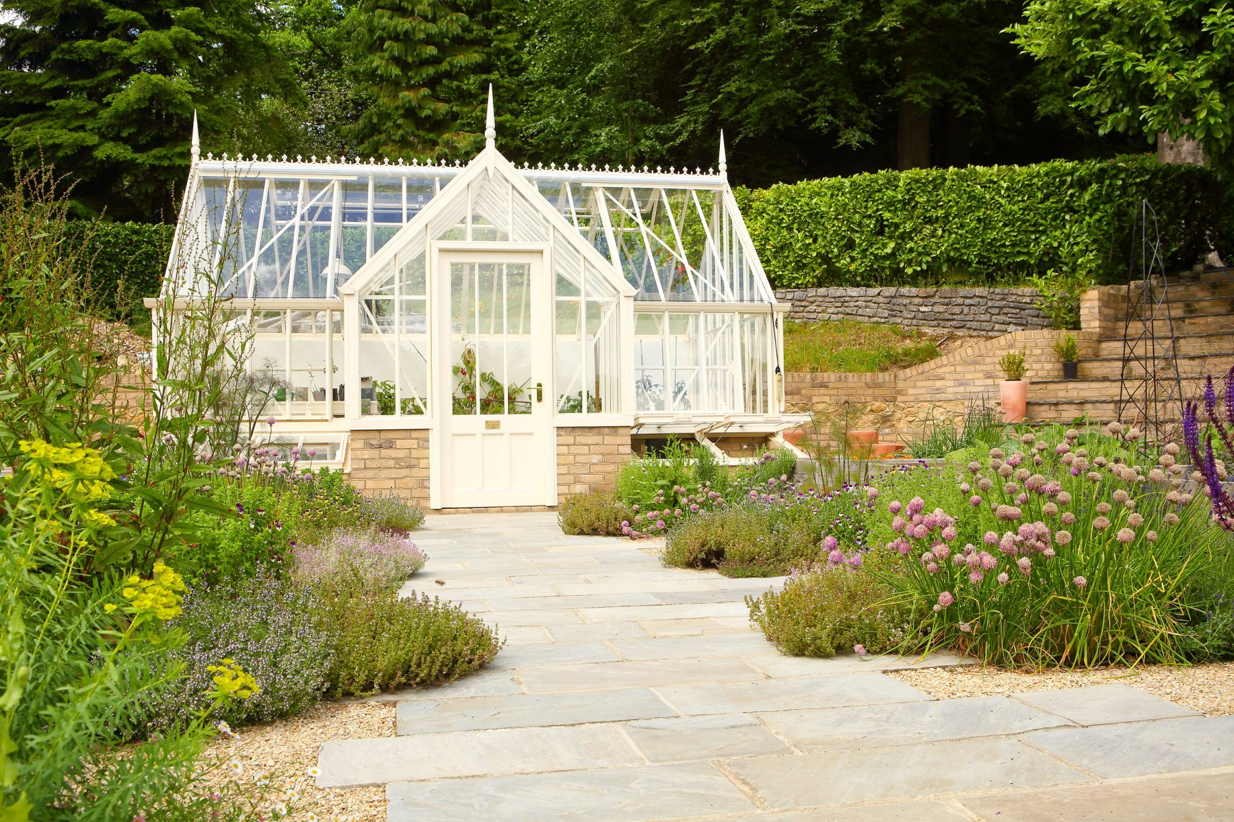 Large Country Garden in Hampshire | Nicky Corkerton Garden ...