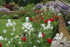 Traditional English Country Garden